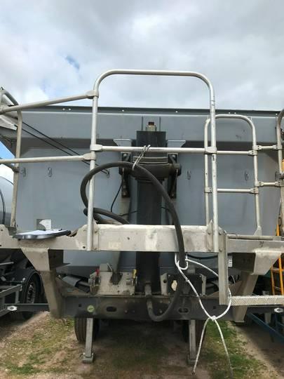 Schwarzmuller 3 achs Stahlsegment Hinterkippmulde - 2018