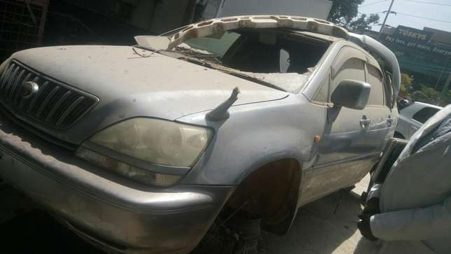 Salvage Toyota harrier Industrial Area - image 5