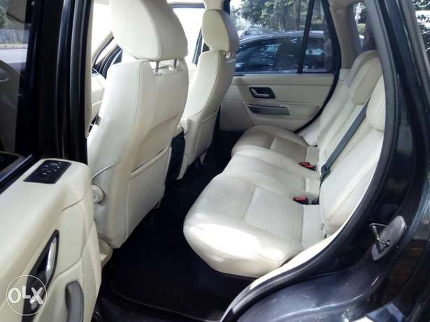 Cleanest Range Rover Sports for sale Maitama - image 3