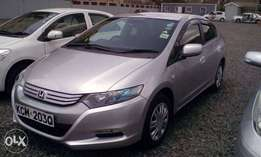 BUY This Neat Fully Loaded Silver Honda Insight,2010. Only Kes 860,000