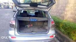 A very clean nigeria used 2006 toyota matrix for sale.