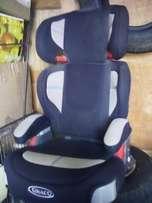 Graco ® booster seat.. R600 Cash