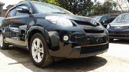 Super clean 2010 black toyota IST 1500cc petrol engine,bank finance accepted