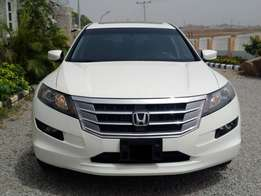 2010 model Honda Crosstour available for sale in Abuja now