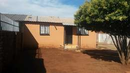 House for sale in Lenasia Ext 10