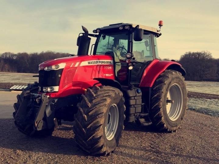 Massey Ferguson 7724 Dyna-vt Exclusive - 2016