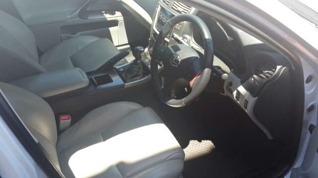 Lexus Is250 For Sale(60000 Km only) Durban North - image 3