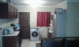 Big room available 4 renting in Motherwel Nu2 safe quite and secured