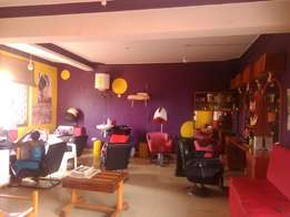 Unisex Salon and beauty spa