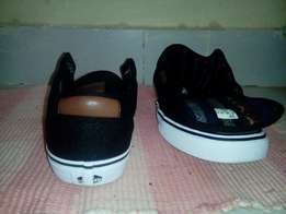 """Vans """"off the wall"""" Limited edition Quick sale"""