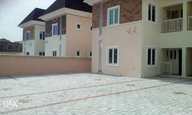 Newly built 2bedrooms flat at lake view estate amuwo-odofi Lagos Isolo - image 1