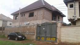 Uncompleted 5bedroom duplex on 650sqm land at thinkers corner for sale