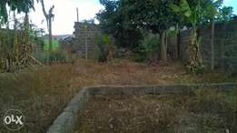 1/4 acre of plot in teachers near KITI college 15mins to town