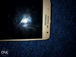 A well used Samsung J7 for urgent sale