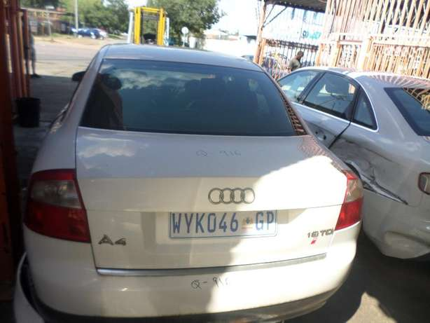 Audi A4 1.9 tdi stripping for spares at QUANTRO Pretoria West - image 3