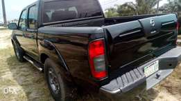 2004 sparkling and sound firstbody Nissan frontier with chilling AC