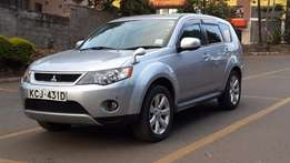 Mitsubishi Outlander 2.4; 2010; Petrol; 4WD; Automatic; 8 Months used