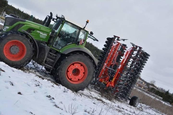 Metal-Fach bizon 7.0m traine rouleau u box - 2019