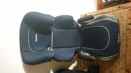 Chelino Booster seat with cupholders