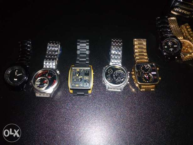 Designer wrist watch at affordable price Uvwie - image 2
