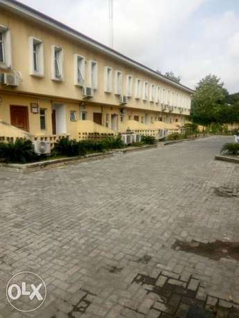3 bedroom service terrace with a BQ Ikoyi - image 1