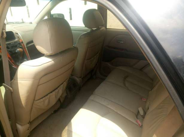 Extremely Neat Lexus Rx300 Agege - image 8