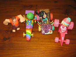 Wreck it ralph figurines and three cars