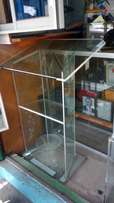Hard glass pulpit