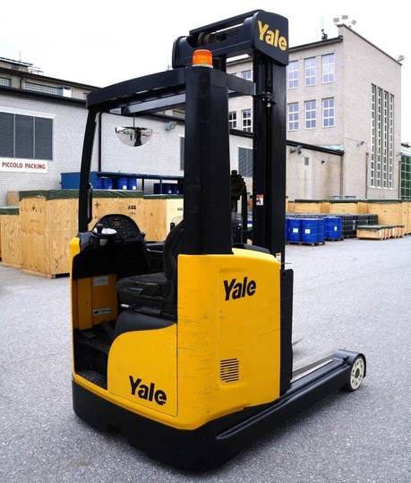 Yale Mr25 - 2014