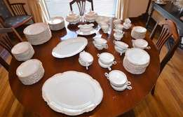 Gorgeous Full Hutschenreuther dinner set 95 pieces. Gold Trim. Sylvia