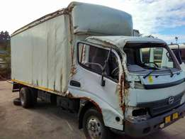 Wanted Volume Closed body for Hino 300