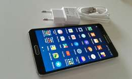 Samsung galaxy note 3 32gb with accessories