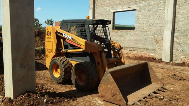 Bobcat for hire with 6m truck for only R750, 00 per load minimum of Bayhead - image 7
