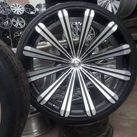 Dealer in all kinds motor parts such as alloyed wheels and tiers Ifelodun - image 2