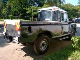 land rover 109 series 3 pick up 4+4