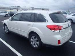 2011 Subaru Outback(with Sunroof)