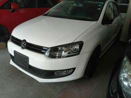 Volkswagen polo newshape KCM number 2010 model loaded with alloy r