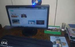 "19"" Dell Wide screen minitor"