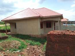 Najjera 2 Posh neighbourhood house for sell