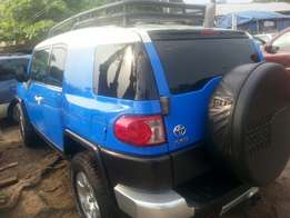 Perfectly used few months toyota fj cruiser 2008 buy n drive