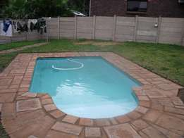 3 Bed House + Pool+2 Garages Avail: 1 June