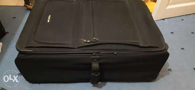 Delsey paris luggage xl perfect condition