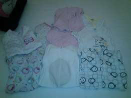 Baby girl winter baby grows 3-6 months