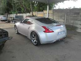 2010 Model Nissan 370z Roaster Coupe In Good Condition