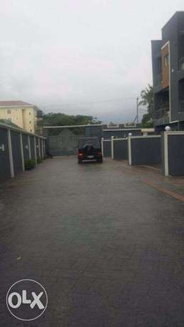 well built 5 bedroom terrace house with s/pool at GRA, Ikeja. N120m Surulere - image 2