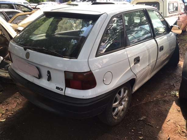 Opel Kadett Stripping For Spares Johannesburg - image 1