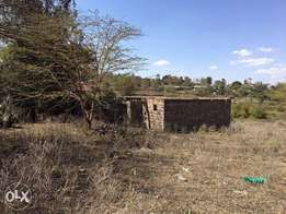 Prime 1/4 Acre Plot in Ongata Rongai near Smith Hotel At 8M ONO