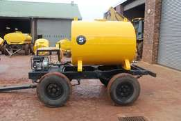 Mercedes Benz 2000L 4 Wheeler Water Tanker With Pump Water bowser