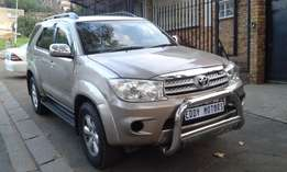 2006 Model Toyota Fortuner V6 AUTOMATIC for sale