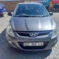 Month end Special: 2011 hyundai i20 1.6 with leather seat for R 82000.
